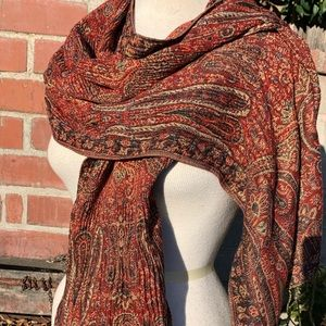 Amazing Cranberry Red Paisley Wrap